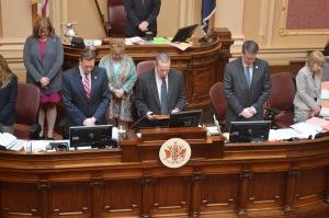 Senate 2015 praying