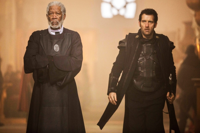 LAST KNIGHTS - 2015 FILM STILL - Bartok (Morgan Freeman, left) and Raiden (Clive Owen, right) - Photo Credit: Larry Horricks  © 2015 - Lionsgate